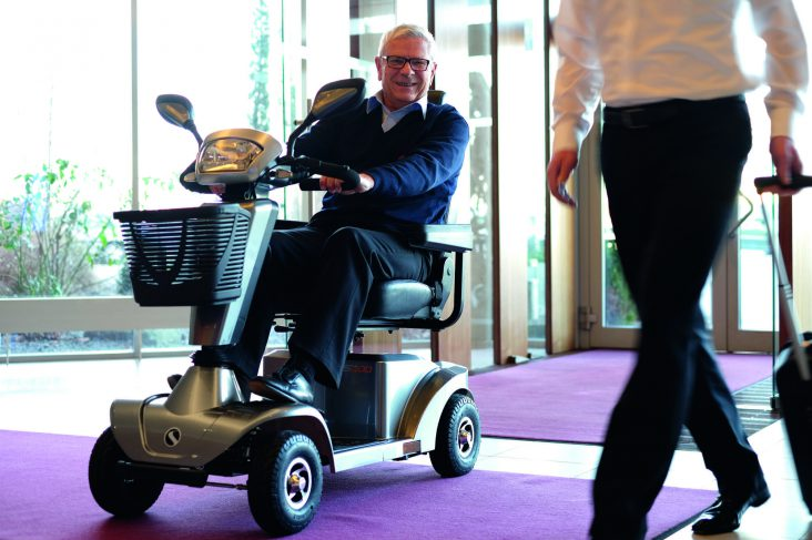 Sterling S400 E-Scooter für Senioren